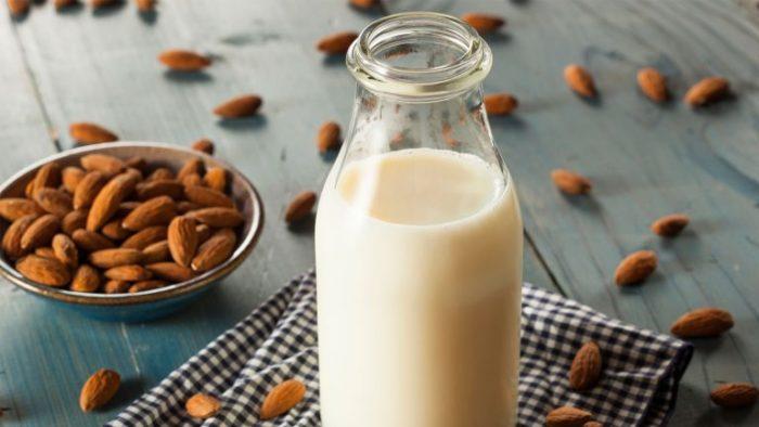 leche-de-almendra